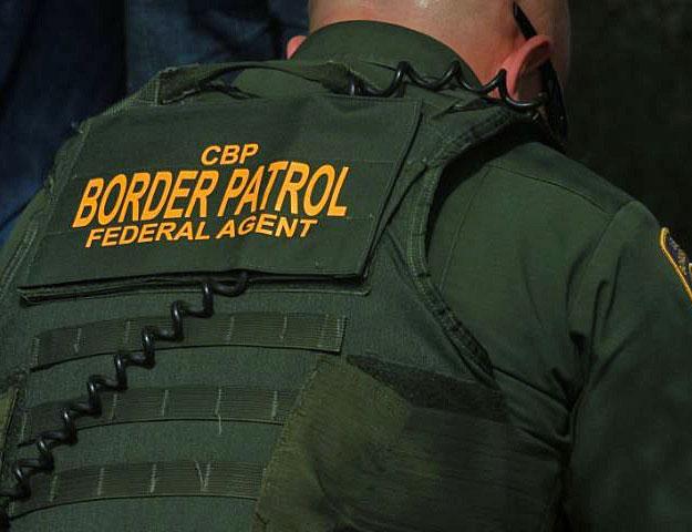 Un agente de la Patrulla Fronteriza durante un operativo de rutina. Foto: Tomada de internet.