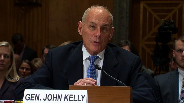El general John Kelly, secretario del Departamento de Seguridad Nacional, responde a preguntas durante una audiencia en Washington, D.C. Foto: Tomada de internet.