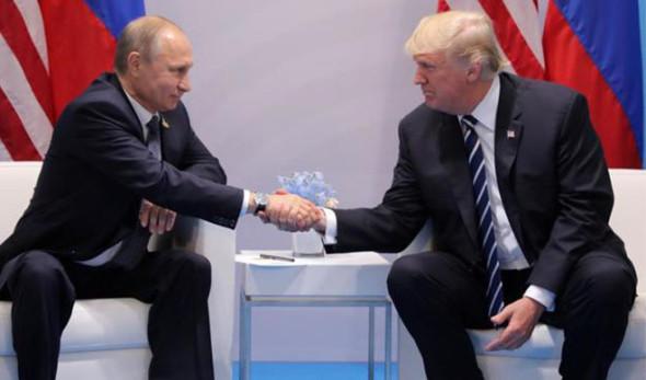 Putin y Trump durante la reunión del G-20. Foto: Facebook.