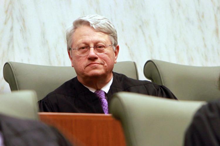 El juez federal de Brooklyn, Nicholas Garaufis, es uno de los que ha hablado abiertamente contra la fecha límite del 5 de octubre para la renovación de DACA. Foto: Tomada de internet.