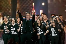 El cantante español Alejandro Sanz dedicó su premio de Persona del Año a los Dreamers, durante la entrega de los premios Latin Grammy en Las Vegas la noche del 16 de noviembre.  Foto: Tomada de internet.