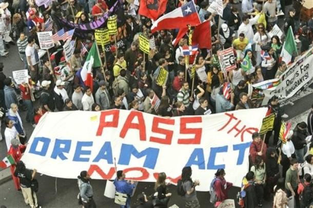 Crece la presión en todo Estados Unidos favor del Dream Act para que se apruebe antes de fin de año. Foto: Tomada de internet.