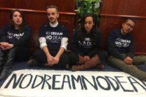 Dreamers en huelga de hambre presionan en Washington para que el Congreso actúe en función del Dream Act. Foto: Tomada de internet.