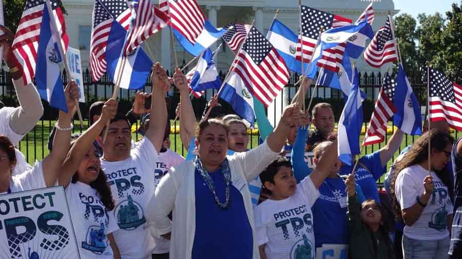 La comunidad salvadoreña ha recibido un duro golpe con la terminación del TPS, medida anunciada por el gobierno de Trump. Foto: Tomada de internet.