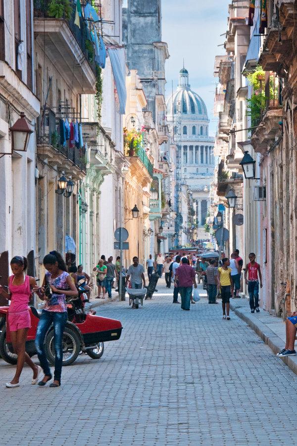 D2F574 Street Scene in Old Havana on Calle Brazil with Capitolio Building Behind, Habana Vieja, Havana, Cuba. Image shot 2013. Exact date unknown.
