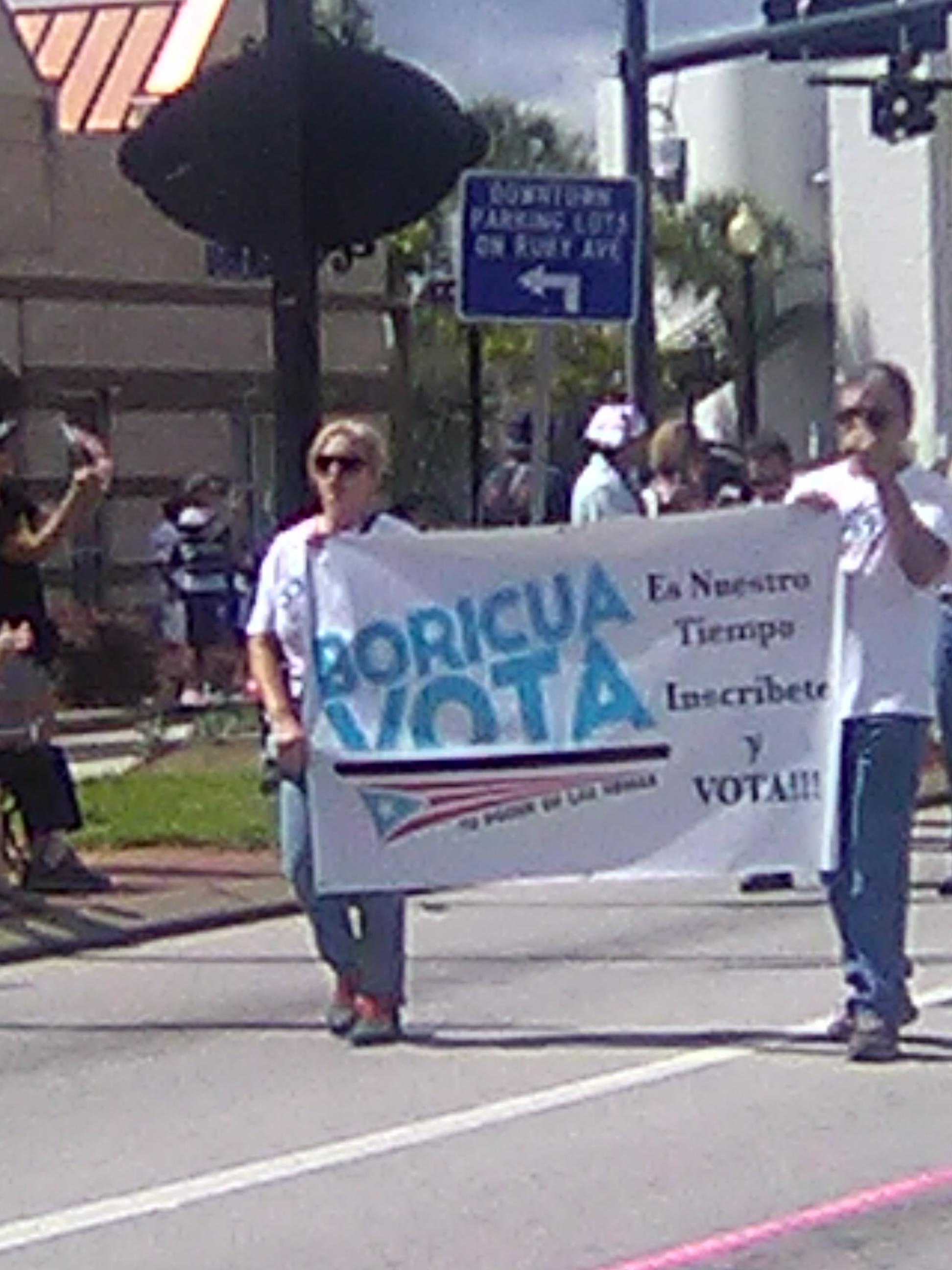 Durante el Desfile Puertorriqueño en Kissimmee, Florida, el pasado 8 de septiembre, se hizo presente el llamado al voto de esta comunidad.