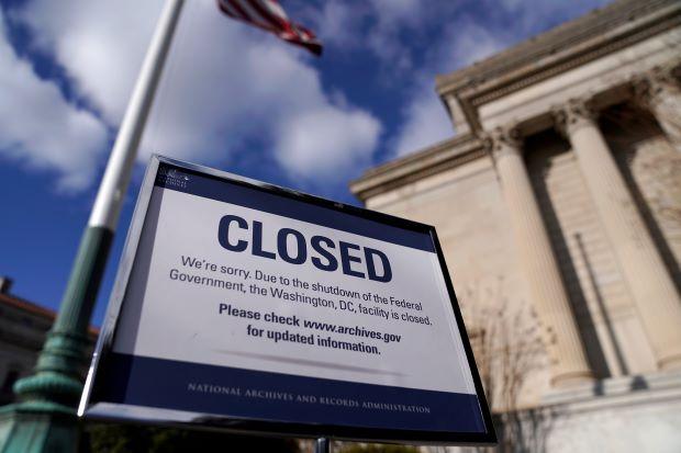 El gobierno federal de Estados Unidos se mantiene cerrado, sin que se vislumbre una opción para reabrirlo. Trump insiste en que le den dinero para el muro. Foto: Tomada de internet.