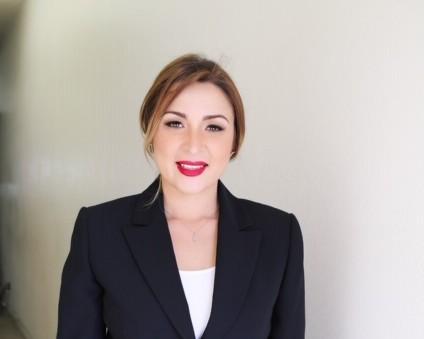 Denise Díaz.