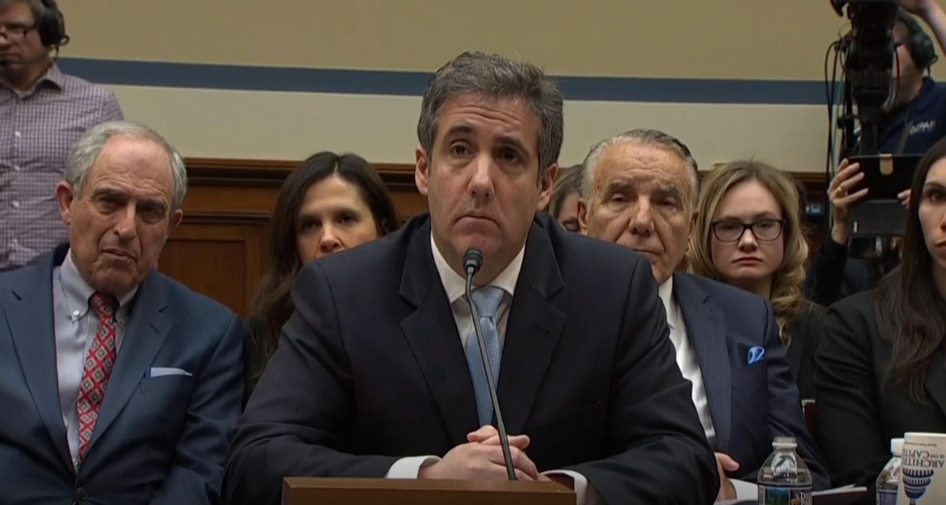 Michael Cohen, exabogado de Donald Trump, durante su comparecencia ante el Comité de Supervisión de la Cámara Baja. Foto: Tomada de internet.