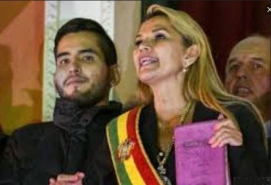 La presidenta interina de Bolivia, Jeanine
